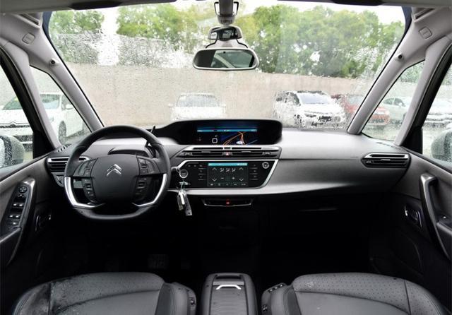 被品牌害惨的MPV,品质不输GL8,一上市连跌5万,无奈卖不动!