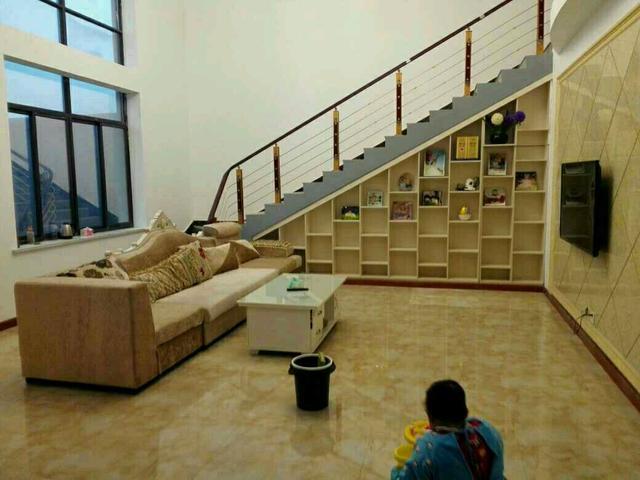 自建房楼梯图片