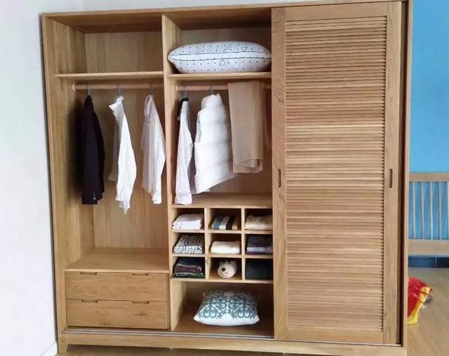 在昨天的文章里,已经向大家简单介绍了衣柜的内部结构设计所要遵循104×房屋v文章图片
