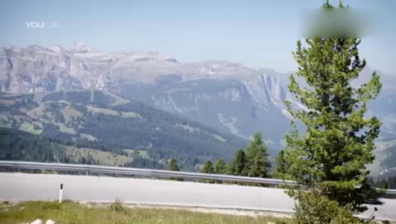 真正的V8声浪 2017全新奔驰敞篷跑车AMG GT C