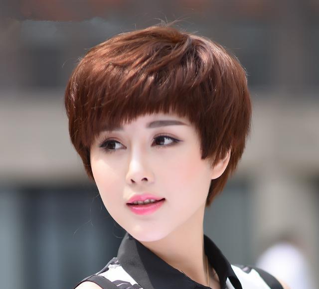 四五十岁的女人别乱剪发,2018年超流行的发型