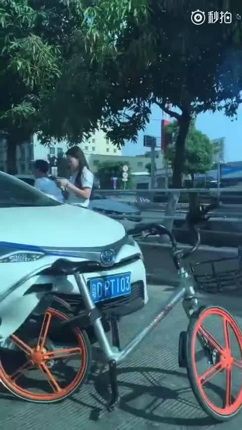 幸亏丰田吸能好 2018北京车展汽车  ?