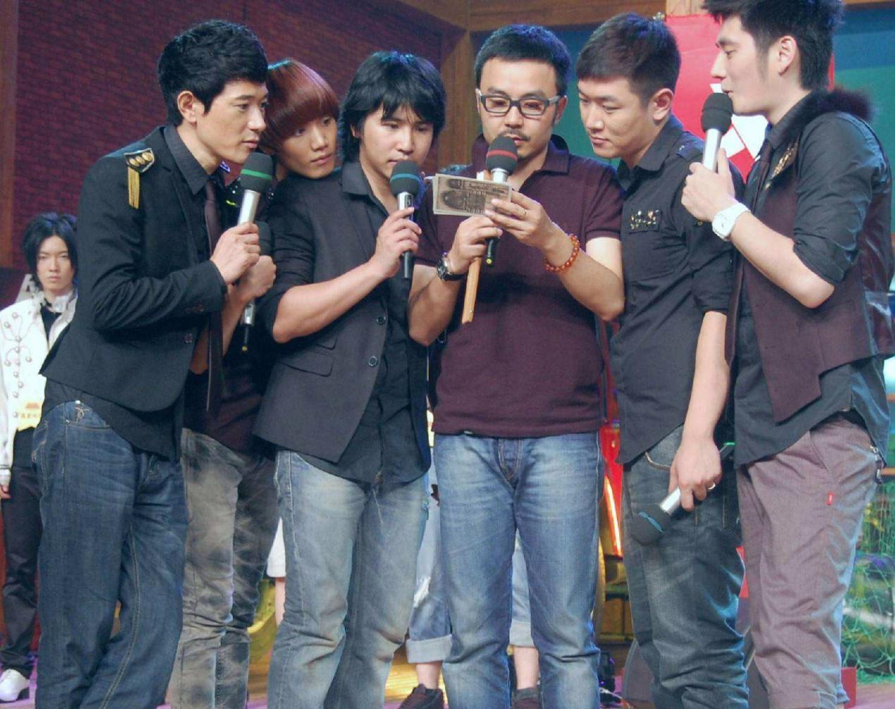 《天天向上》开播十周年,为何湖南卫视两大综艺至今还