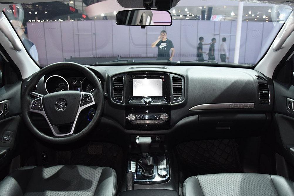 硬汉SUV售价13万, 搭载奥迪2.0T发动机!