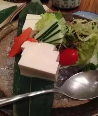 一杯簡單的蔬菜汁
