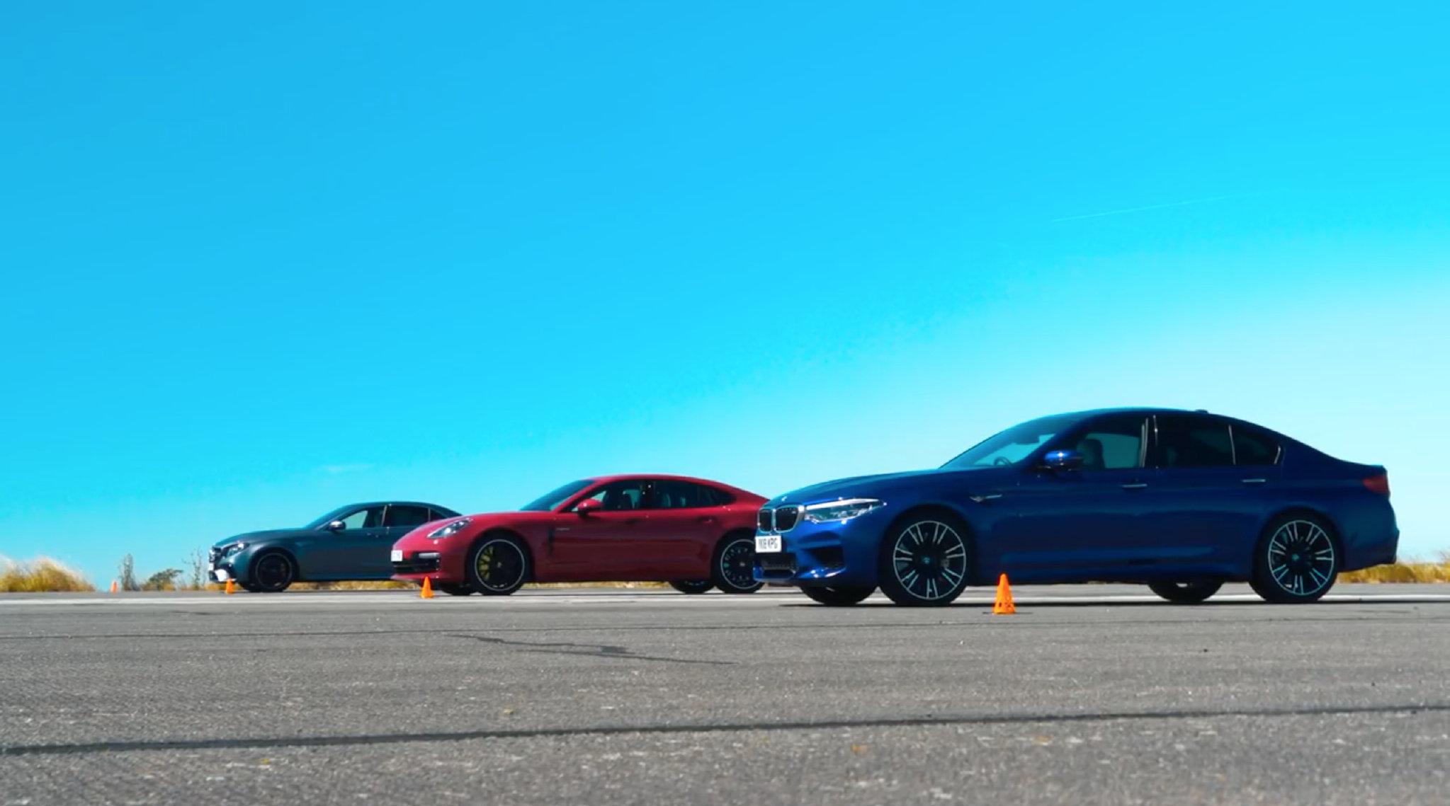 <em>Auto</em>Car Drag Race