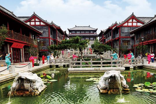 稀有!中国这个5A景区,不仅不收门票,物价还低,游客络绎不绝