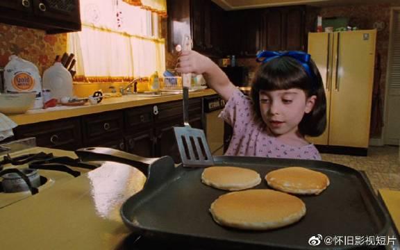 《玛蒂尔达》一部经典儿童文学小说改编的电影