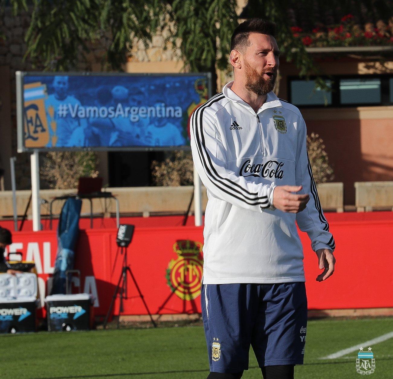梅西国家队训练照来了!