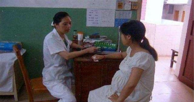 为什么越来越多的孕妈不想去产检?多半跟这3个原因有关,太难了