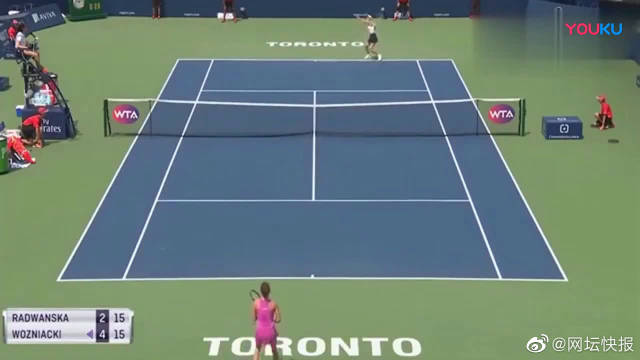 女子比赛:女子单打网球比赛,沃兹vsA·拉你更看好谁,实力太强!