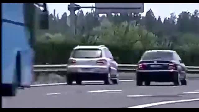 救命帖!高速爆胎只需一招即可平稳停车