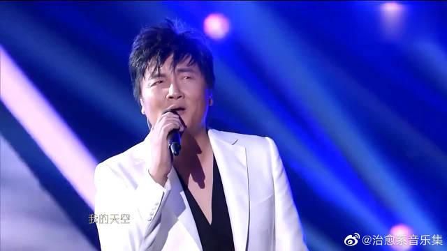 孙楠顺子合作演绎一曲王菲《天空》飙高音自如,身临其境的感觉