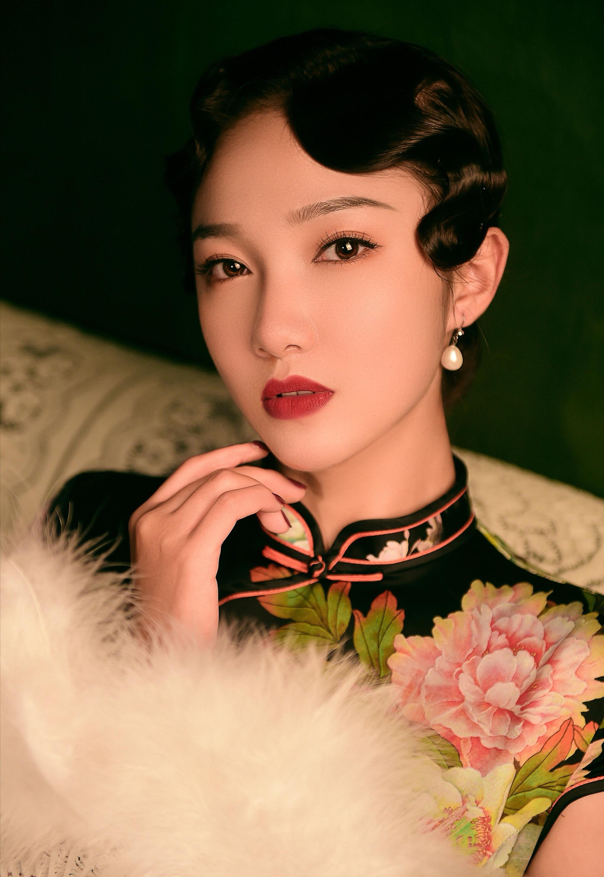 南京艺术学院19级表演本科生 2000年 白羊座 来自新疆