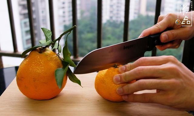 吃橘子用刀切还是用手剥?一组图片告诉你,用刀切很正确