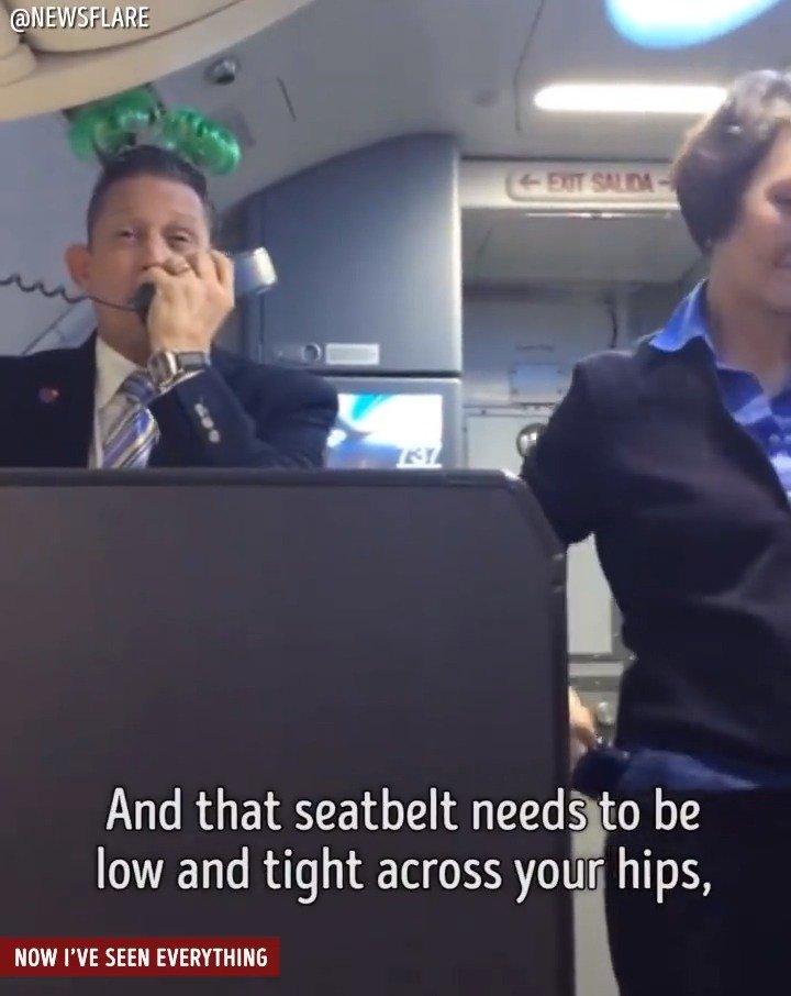 737 Max 8航班机组乘务员向大家解释飞行安全