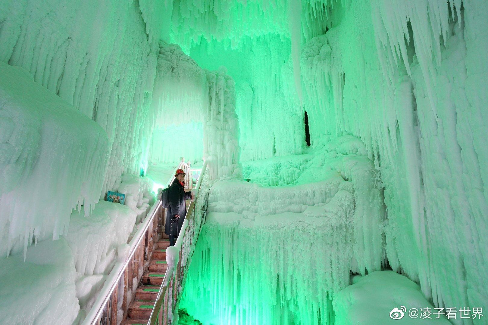 云丘山冰洞群犹如一座水晶宫深藏于云丘山深处,偶然的一次