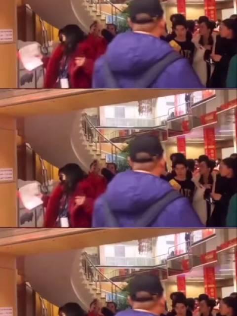 大哥王俊凯真的太显眼了!人群中一眼就能认出来!!