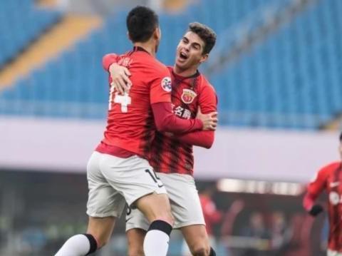 上港3-0胜武里南联 李铁或率领有归化球员的国足获得好的成绩