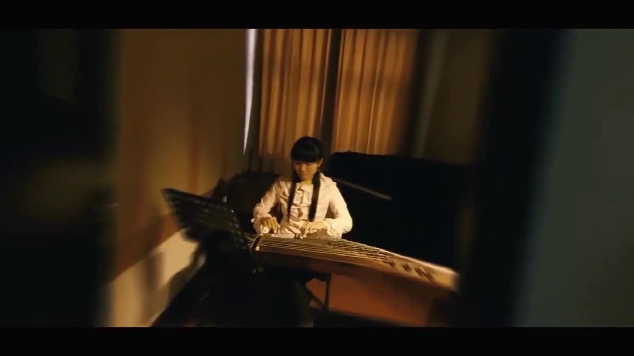 王力宏刘亦菲合奏电影《恋爱通告》民乐,一下被拉回了现实!