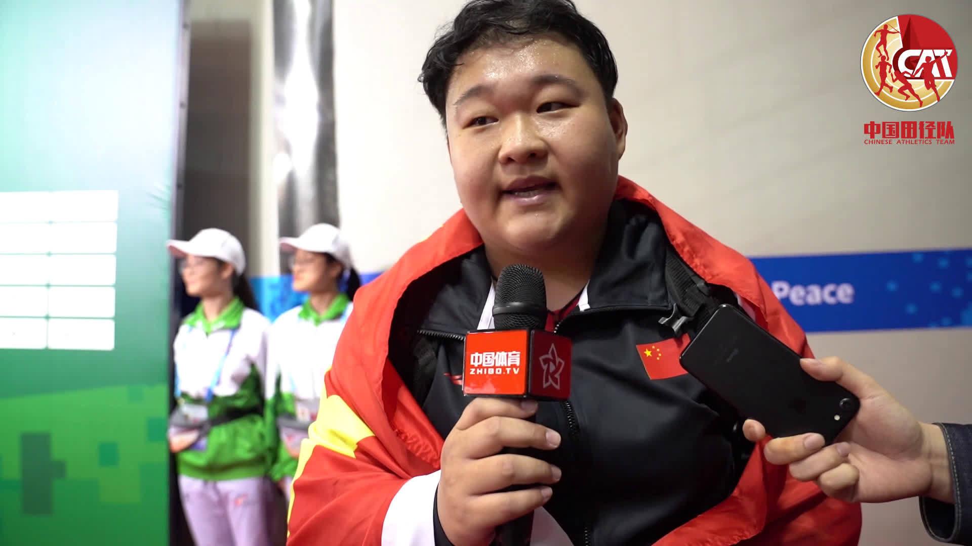 10月23日晚, 女子铅球决赛,中国八一选手高阳在第四轮投出17米85