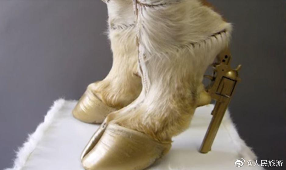 这些曾经被设计出来的鞋子简直称得上丑绝人寰