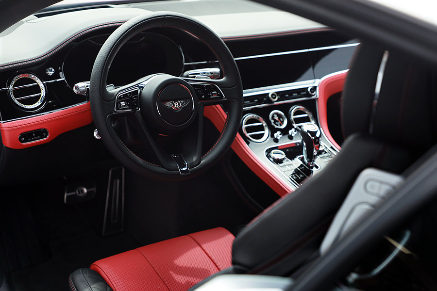 保时捷主导了MSB,MSB主导了宾利,试驾欧陆GT W12!