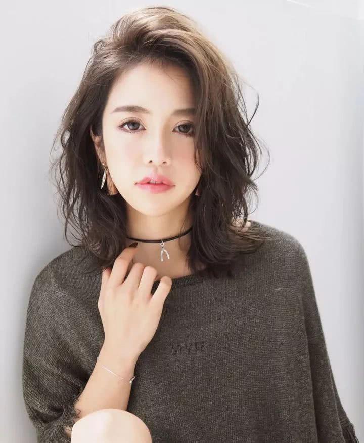 2019流行发型圆脸短发