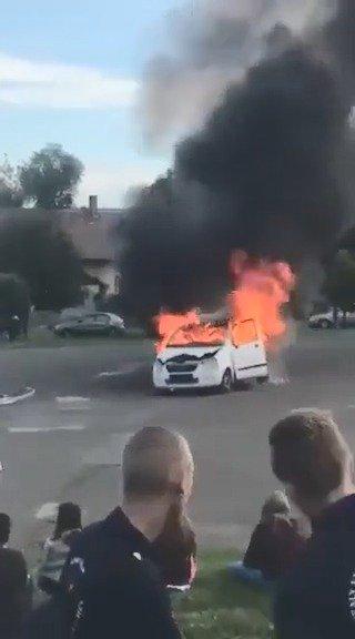 消防车激动过头了.....