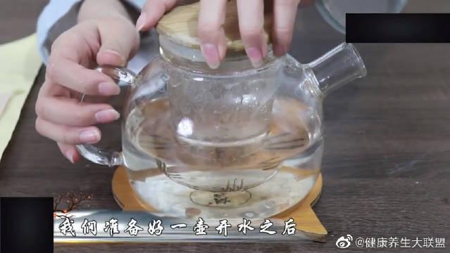 牙口不好?这两种中药每天煮茶喝,让你牙齿更健康,口气清新!
