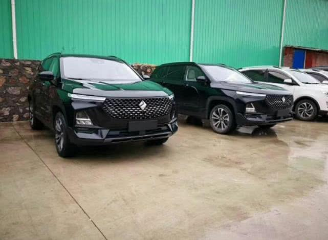 大批宝骏RS-5实车到店实拍,车标真的换了,9万起售又是爆款