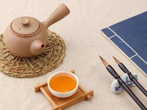 中国传统节日:具有丰富深刻的文化内涵,体现传统文化的美学精髓