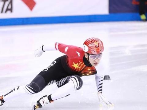戏剧性一幕!武大靖无缘冠军意外受伤,韩天宇夺1500米银牌