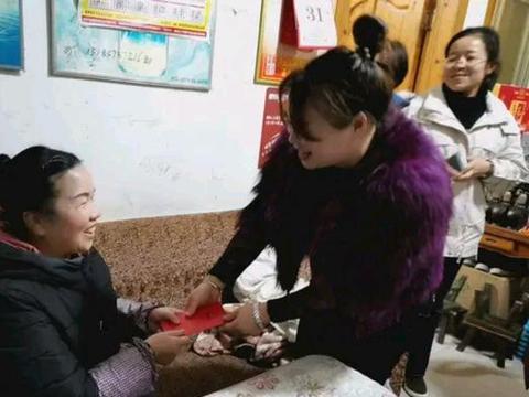 剑河县城东幼儿园看望慰问退休老教师