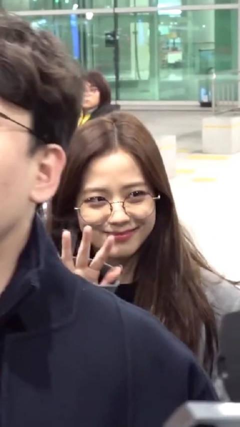 Jisoo机场直拍 像极了我喜欢的女孩子