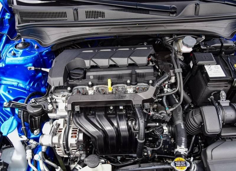 起亚K3新款上市9.88万起,1.5L发动机加CVT变速箱表现如何?