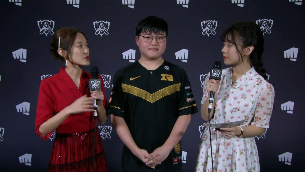 RNG vs CG Uzi外媒赛后采访