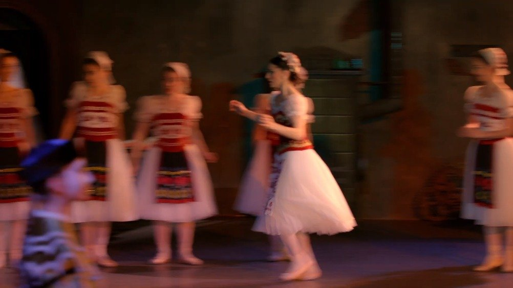 英国皇家芭蕾舞团 为什么英皇喜欢演出葛蓓莉娅葛蓓莉娅直播宣传系列