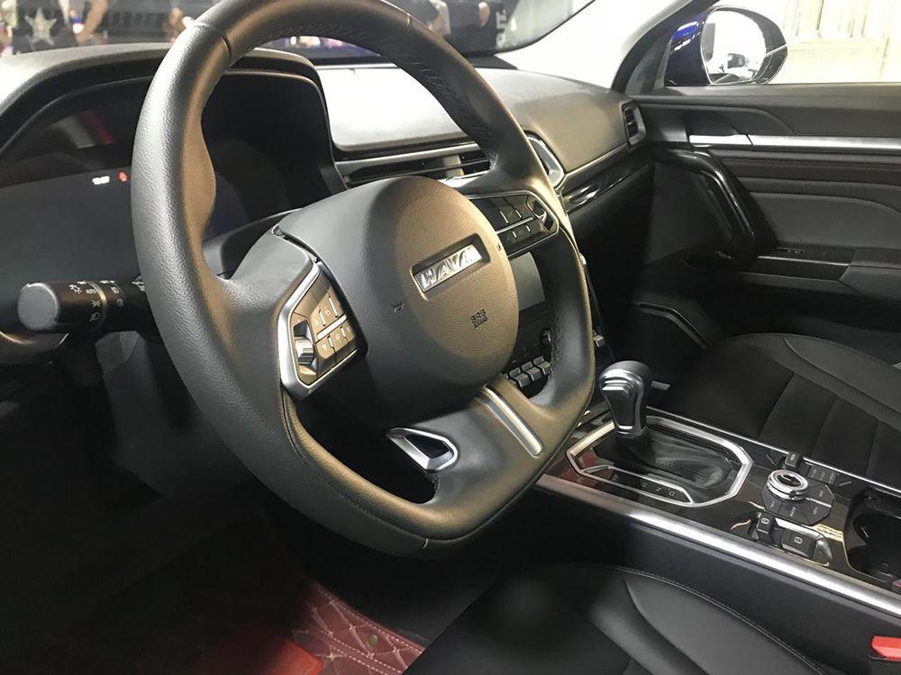 静态体验哈弗F5:紧凑型轿跑SUV,它是绕不开的选项!