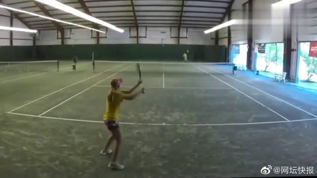 女子比赛:美国男子和女子U18前一百网球底线拉球热身赛!