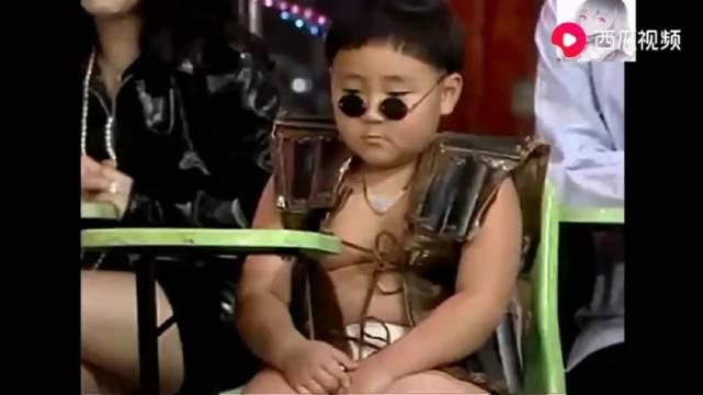 当张菲节目上碰到郝劭文,搞笑不断,不愧是综艺大哥大级别的人物