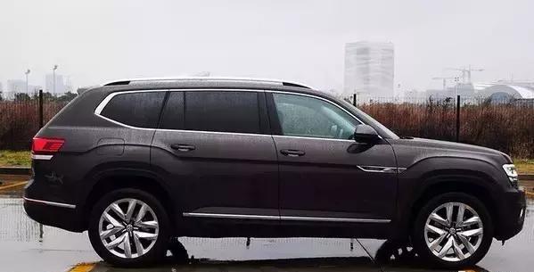 这款美式SUV比途锐还长比Q7还宽,汉兰达锐界探险者都要哭了