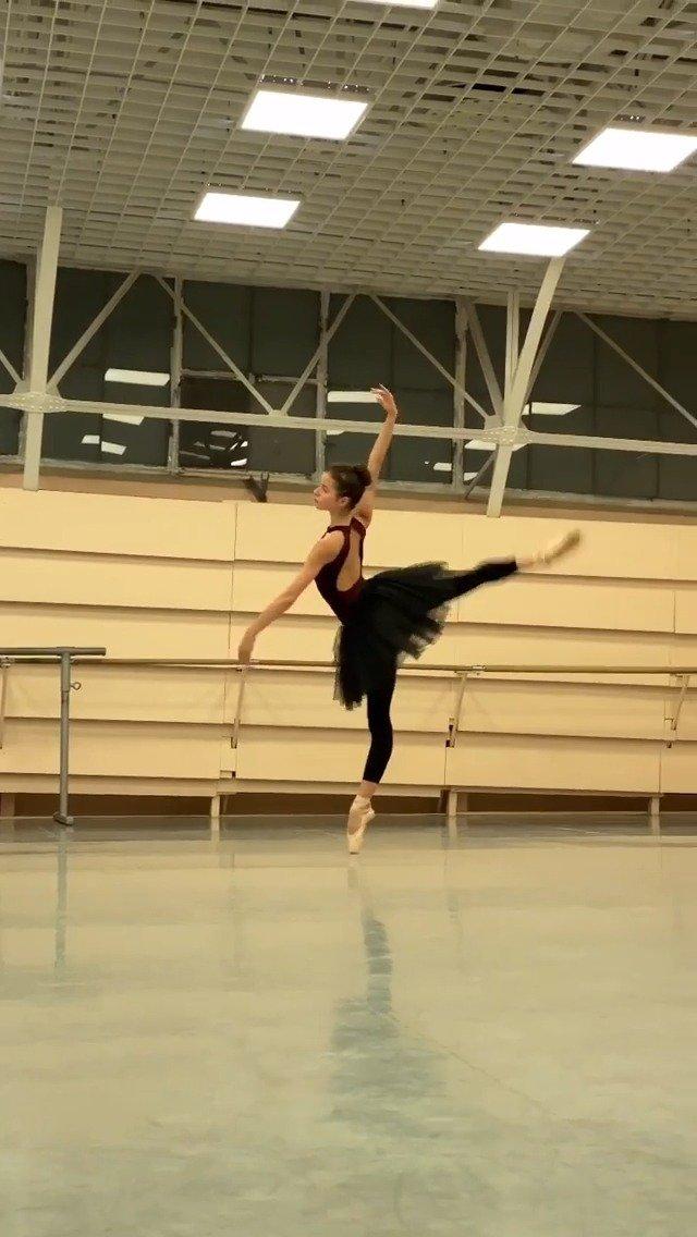 马林斯基剧院 雷蒙达一幕变奏排练 Maria Khoreva