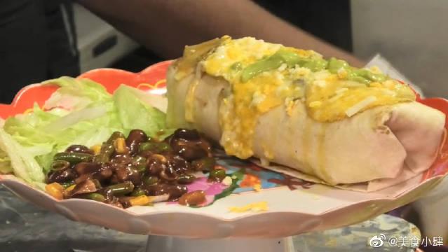 印度街头超大量的墨西哥卷饼,看着还挺有食欲!