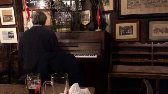 德国 海德堡一百年老店 浓浓古典气息 满满的文化积淀感