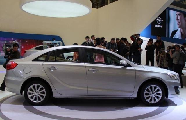 海马M6:亮眼的车身设计,给人不一样的感觉