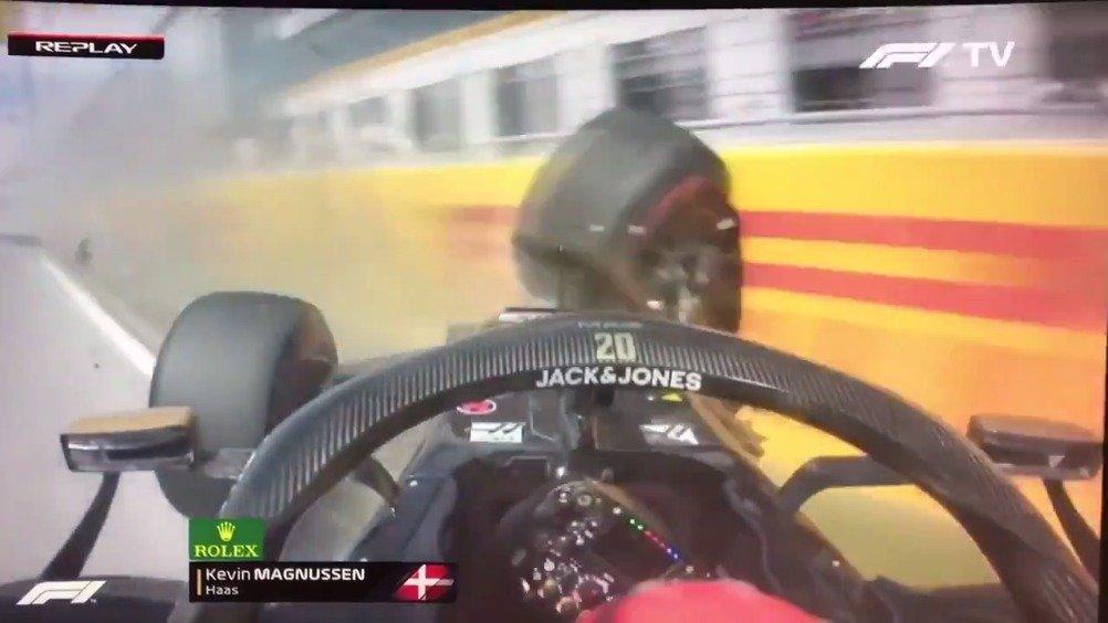 排位赛Q2,马格努森上墙的车载镜头。