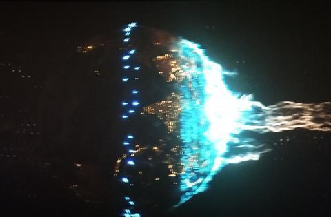 《流浪地球》幕后:剪掉了43分钟,曾计划三部曲,吴孟达是95后