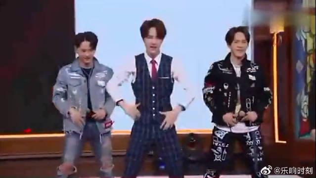 王一博不仅会唱歌,跳舞也一流!《bangbangbang》帅炸!