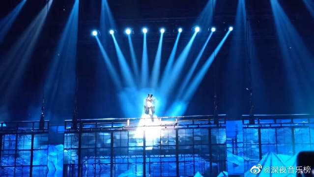 张韶涵新歌首唱《给还没出现的你》,张韶涵2020寓言巡回演唱会!